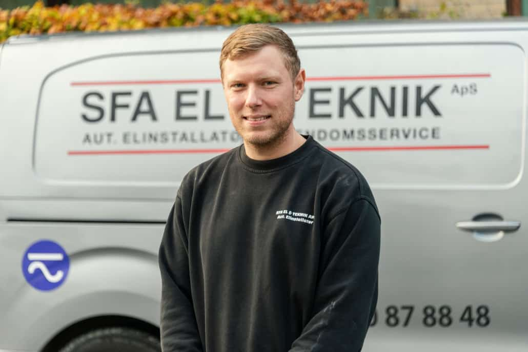 El-installatør Simon, SFA El og Teknik